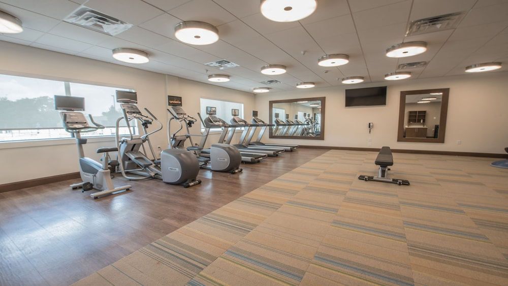 Fitness Facility, Holiday Inn Express & Suites-Dripping Springs - Austin Area, an IHG Hotel