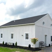 Tack House Vacation Rentals In Skaneateles NY 1/2 Mile From Village