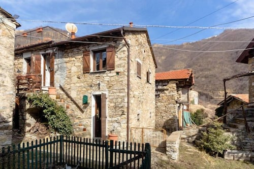 Cosy Farmhouse in the Beautiful Backcountry of Genoa