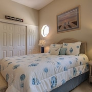 Amelia Island Beachy Comfy Getaway - Late Checkout!