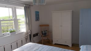 1 bedroom, premium bedding, iron/ironing board, rollaway beds