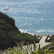 ?directly Across From Beach - Steps TO Sand - Walk TO Restaurants