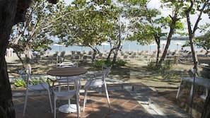 In Strandnähe, kostenloser Shuttle zum Strand, Strandbar