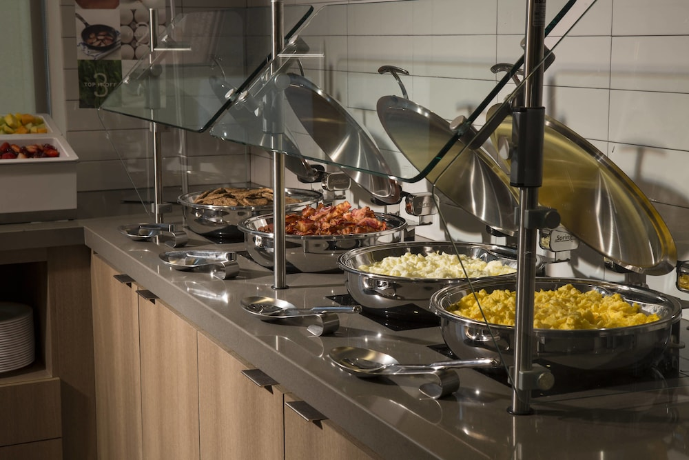 Breakfast buffet, Residence Inn by Marriott Miami Sunny Isles Beach