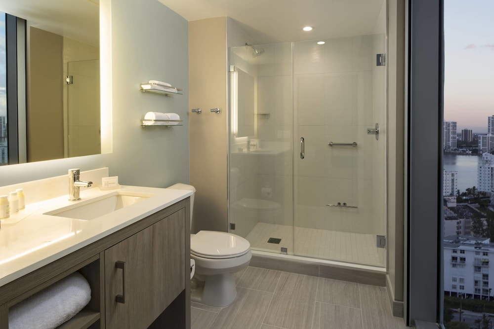 Bathroom, Residence Inn by Marriott Miami Sunny Isles Beach