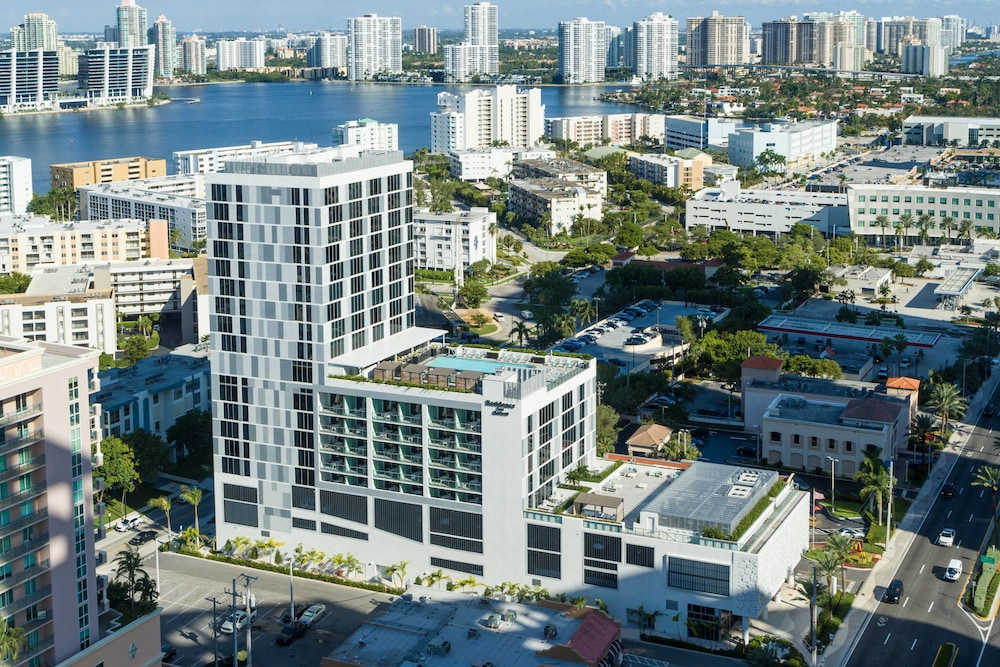 Exterior, Residence Inn by Marriott Miami Sunny Isles Beach