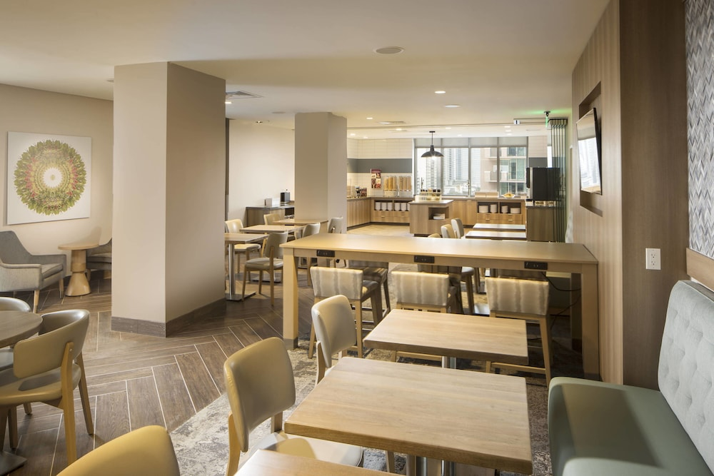 Restaurant, Residence Inn by Marriott Miami Sunny Isles Beach