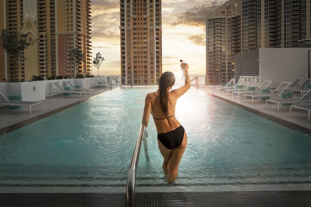 Pool, Residence Inn by Marriott Miami Sunny Isles Beach