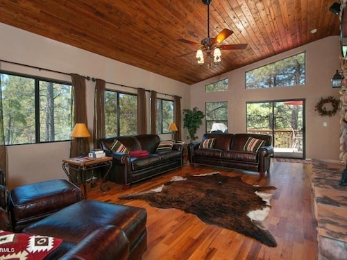 Great Place to stay Large Upscale Munds Park Cabin With Everything! near Munds Park