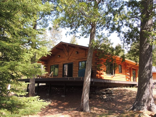 Boundary Waters Log Cabin on Mcfarland Lake Bwca ~ Pontoon Sauna Canoe Fire Pit