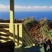 Bungalow With Spectacular Ocean View From Lanai and Private hot tub