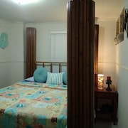 2 Bedroom Beach House Near Beach & KEY West