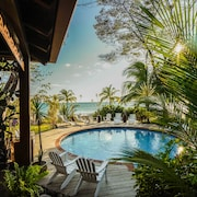 Sansara Surf and Yoga Resort - Retreat