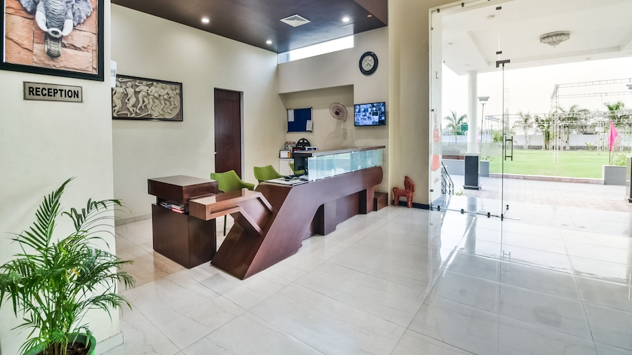 Hotel Amrit Manthan