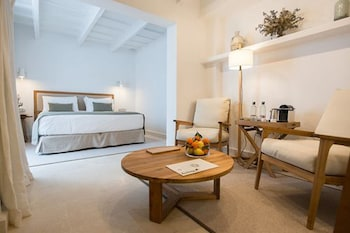 S'Hotelet d'es Born - Suites & SPA
