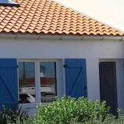 Renovated House in Sion sur L'océan - Center / sea / Beach on Foot