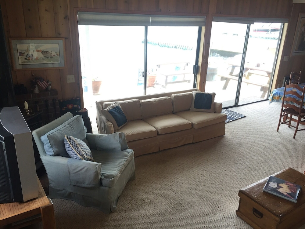 Living Room, The Barn at The Lake; Waterfront Home Within Chelans Golden Mile!