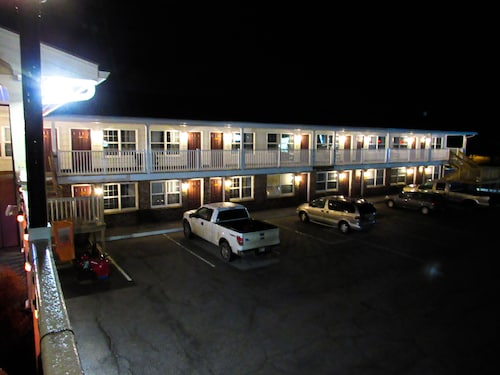 Brewer Motor Inn