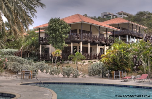 Poco Poco Villa - Caribbean Golf, Diving & Beach Holiday Home