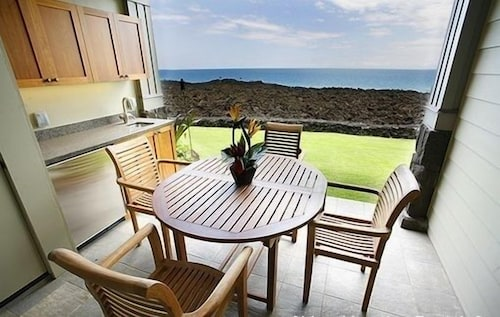 Oceanfront Blue as far as you can View From Hali'i Kai 15b!