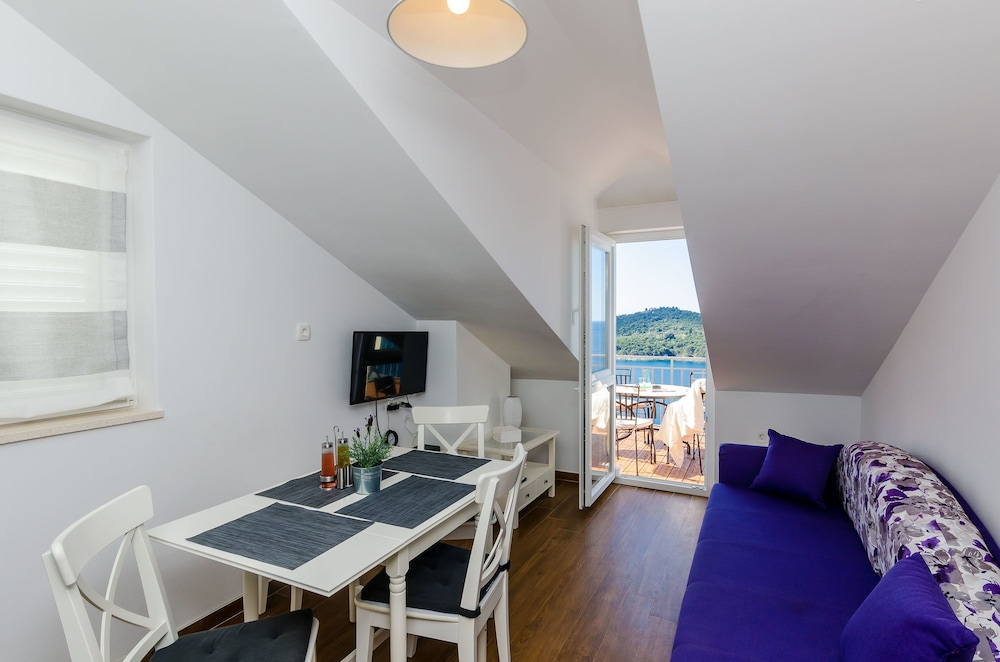 In-Room Dining, Amorino of Dubrovnik Apartments