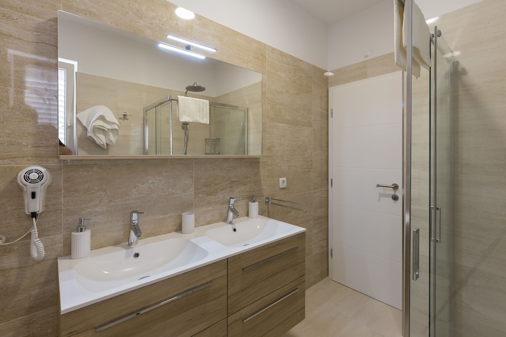 Bathroom, Amorino of Dubrovnik Apartments