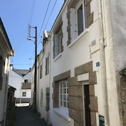Renovated House 8 Persons, sea View, on the Typical Port of Locmariaquer