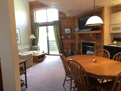 Next to New Pool! Lots of Amenities & Pet Friendly! Ski In/out on Village Trail!