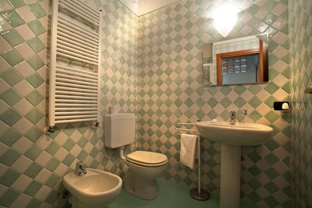 Tremendous Verona For Rent Topazio 2019 Room Prices Deals Reviews Uwap Interior Chair Design Uwaporg