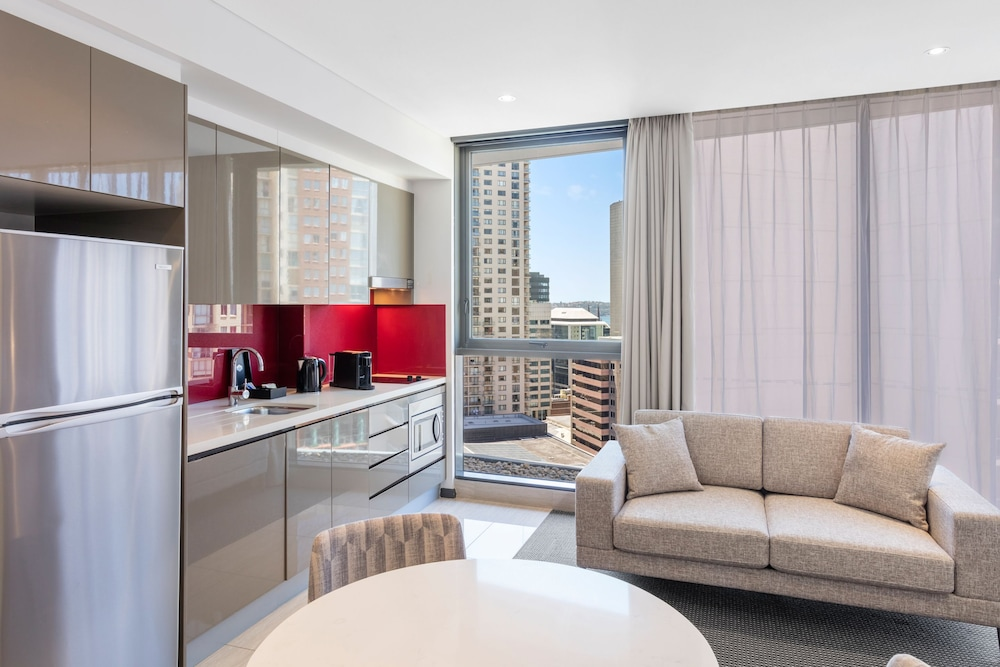 Private Kitchen, Meriton Suites Campbell Street, Sydney