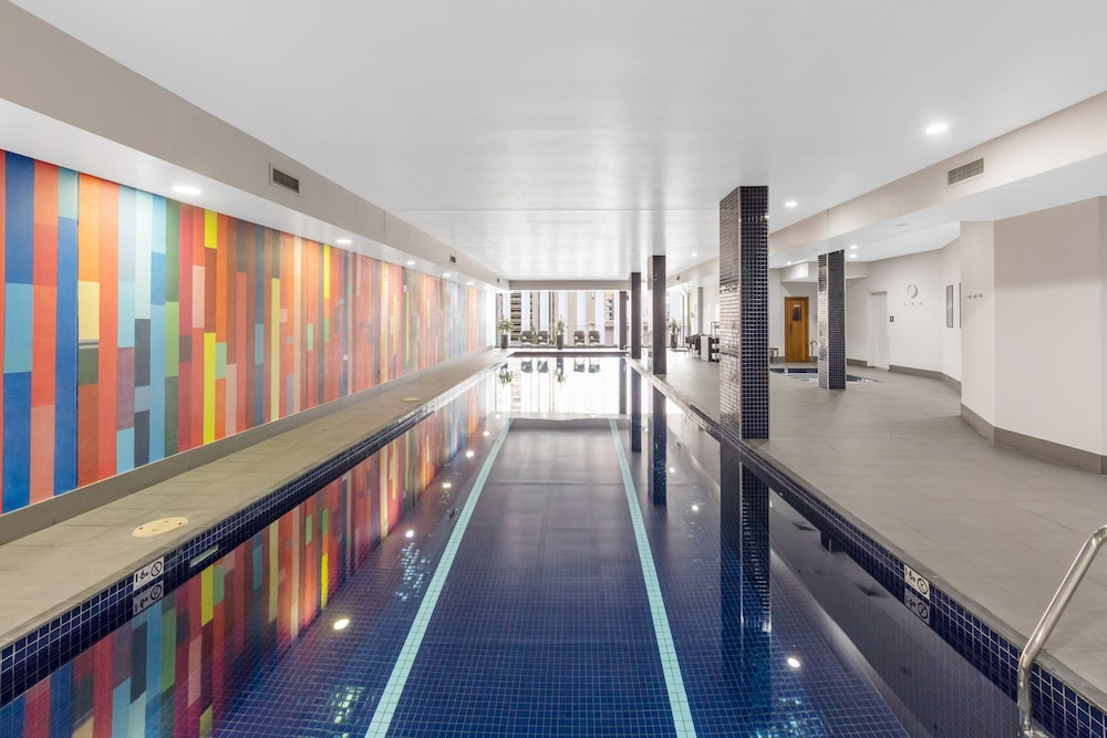 Indoor Pool, Meriton Suites Campbell Street, Sydney