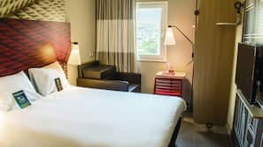 Cofres nos quartos, escrivaninha, Wi-Fi de cortesia, roupa de cama