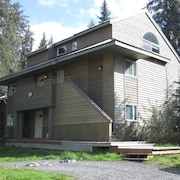 Girdwood Condo/walk To Daylodge/perfect for two Families With Children