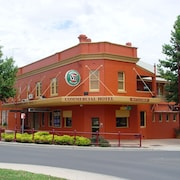 The Commercial Hotel