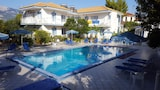 Blue White Hotel Studios & Apartments - Kefalonia Hotels