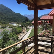 Los Quenes River Lodge