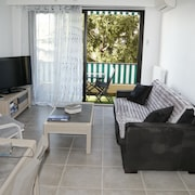 Rent two Rooms in Antibes in the Heart of the Riviera