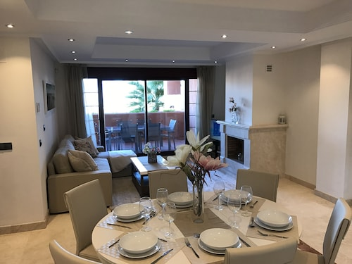 Luxury Holiday Home With Amazing Views and Facilities