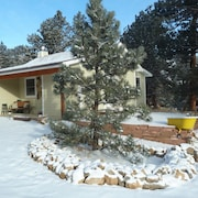 Historic, Romantic, Secluded 1910 Cabin; Updated With Modern Amenities