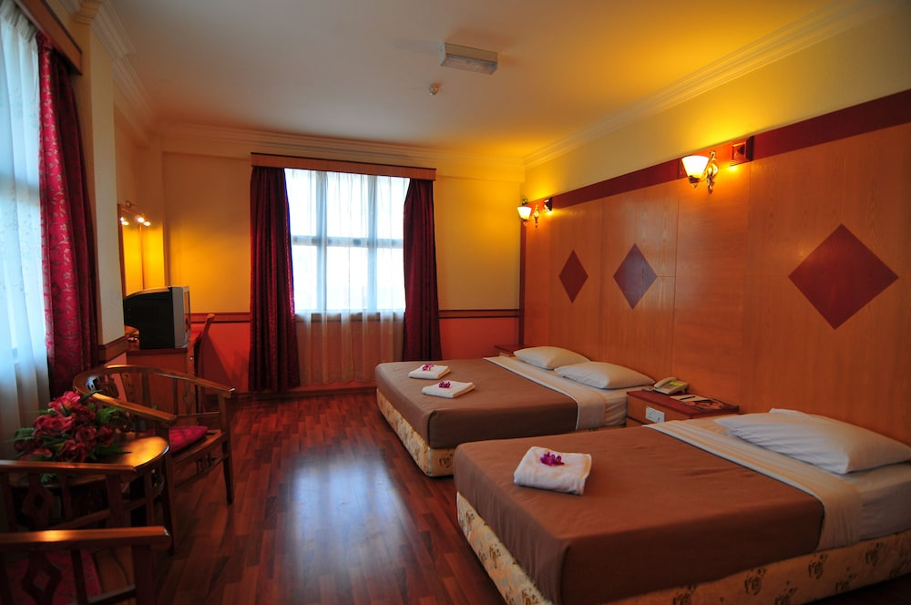 Flora Place Hotel In Kota Bharu Hotel Rates Reviews On Orbitz