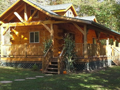 Great Place to stay Country Living at its Finest near Viroqua