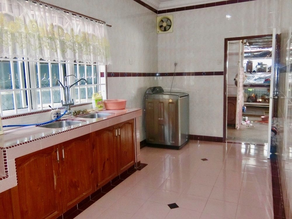 Private Kitchen, Shuang Yang Sekinchan Semi D