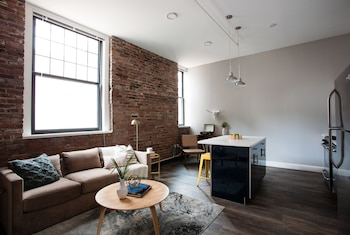 Stunning 4BR in Downtown Crossing by Sonder