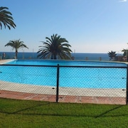 Fabulous 1st Line Apartment. Spectacular sea Views. Swimming Pool. Wifi