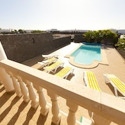 Beautiful Villa, Private Heated Pool,*children Free*, Sea Views, 5min From Beach