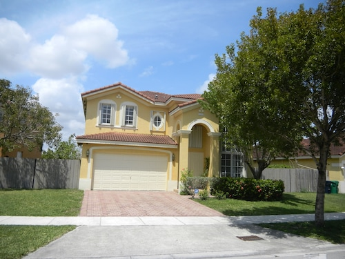 Affordable S Miami Everglades N Park Homey Lakefront Home