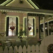 Historic Victorian Cottage IN Heart OF Historic Midtown Sacramento