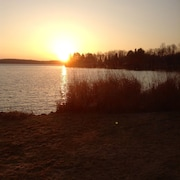 ***enjoy A Relaxing Get-a-way on Nelson Lake, Hayward Wi***