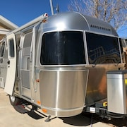 Airstream Hike & Bike Base Camp in Sugarhouse Sleeps 2, hot Showers, Full Hookup
