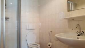 Kostenlose Toilettenartikel, Haartrockner